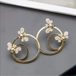$68 New Kate Spade gold picnic bee hoop earring